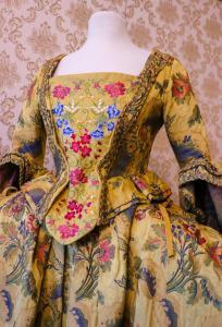 Fin kjole fra 1700-tallet